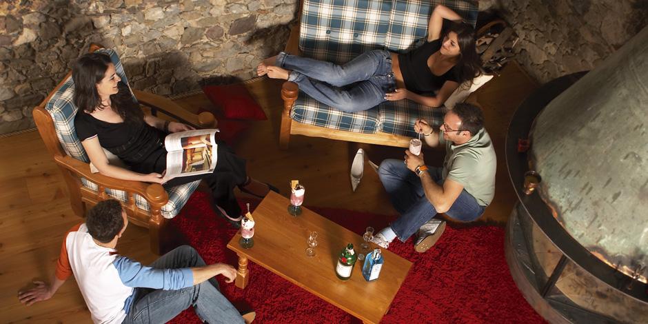 Arredamento country vienna mobilclick for Arredamento click
